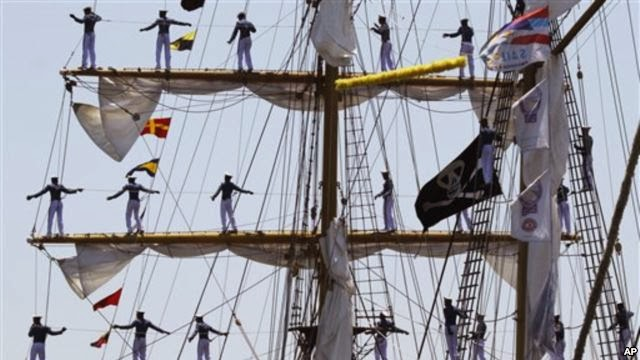 Menhan tinjau pengganti KRI Dewaruci di Spanyol