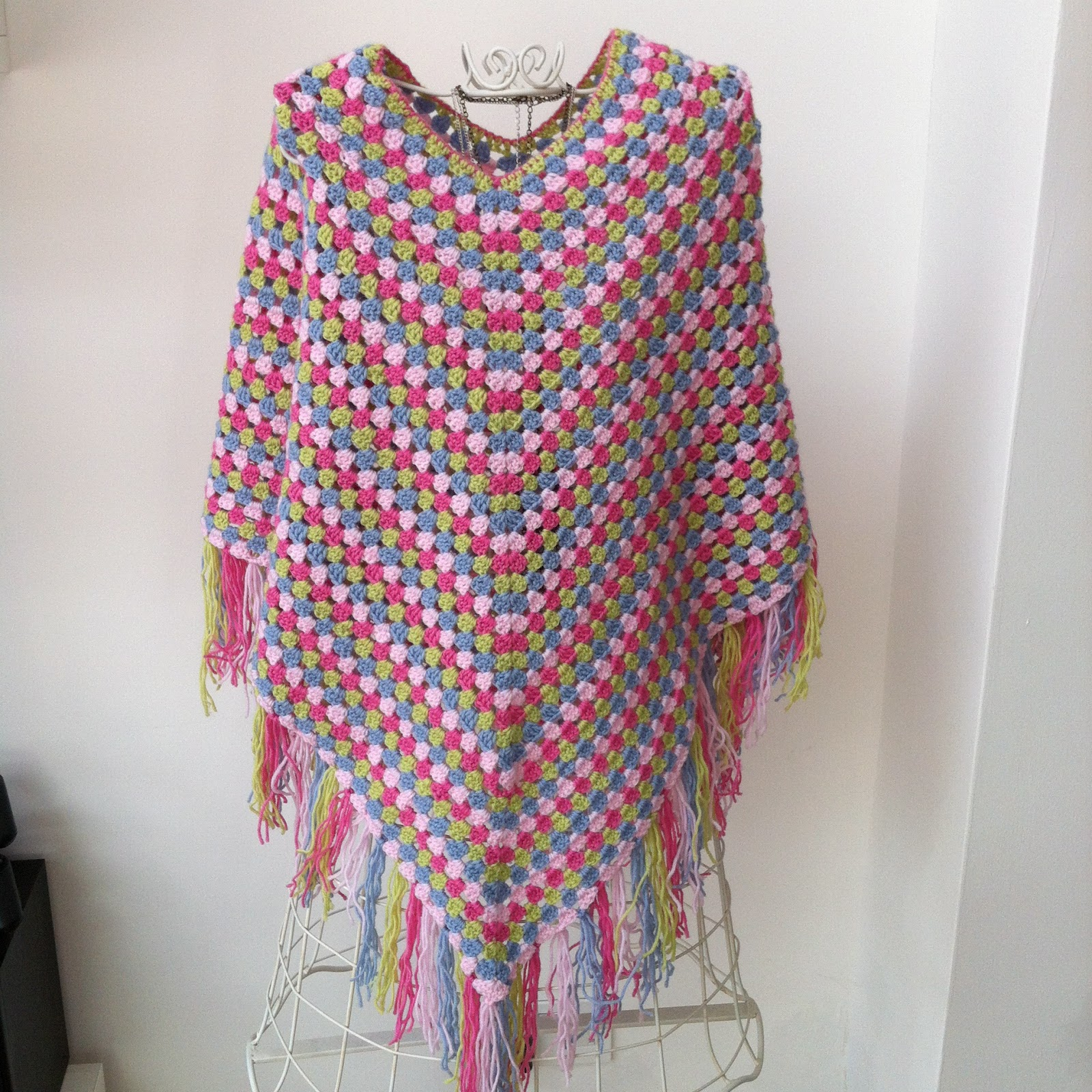 Crochet Patterns For Ponchos : jpeg 630kb crochet poncho 1000 x 1370 jpeg 224kb from marilyn crochet ...