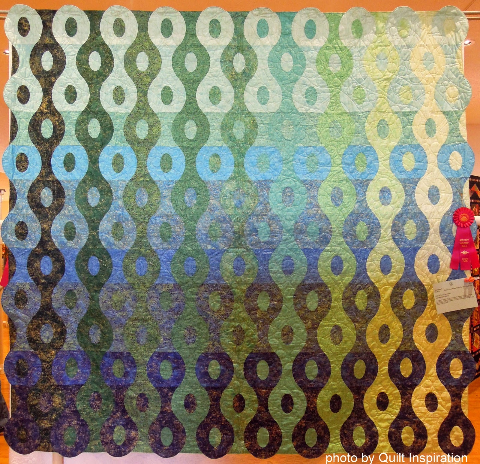 Quilt Inspiration: Welcome to the 2014 River City Quilters' Guild ...