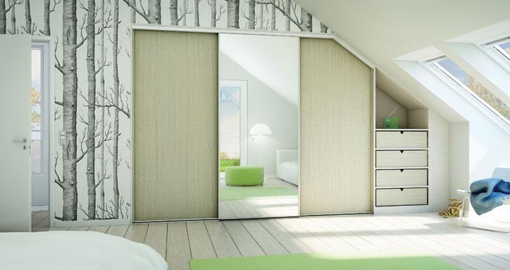 Lones genbrugs fund: sove værelse med skrå vægge