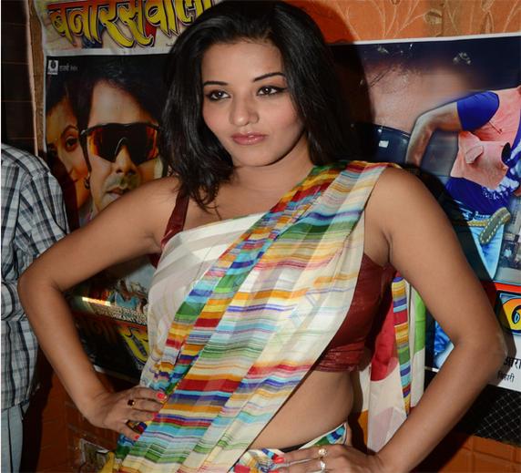 Monalisa playing Indian Girl Role in Banaras Wali