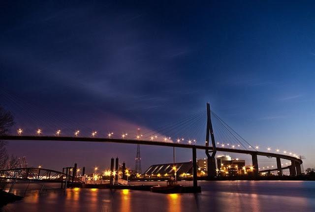 جسور+.ثقف+نفسك+2 مدينة الجسور في هامبورغ