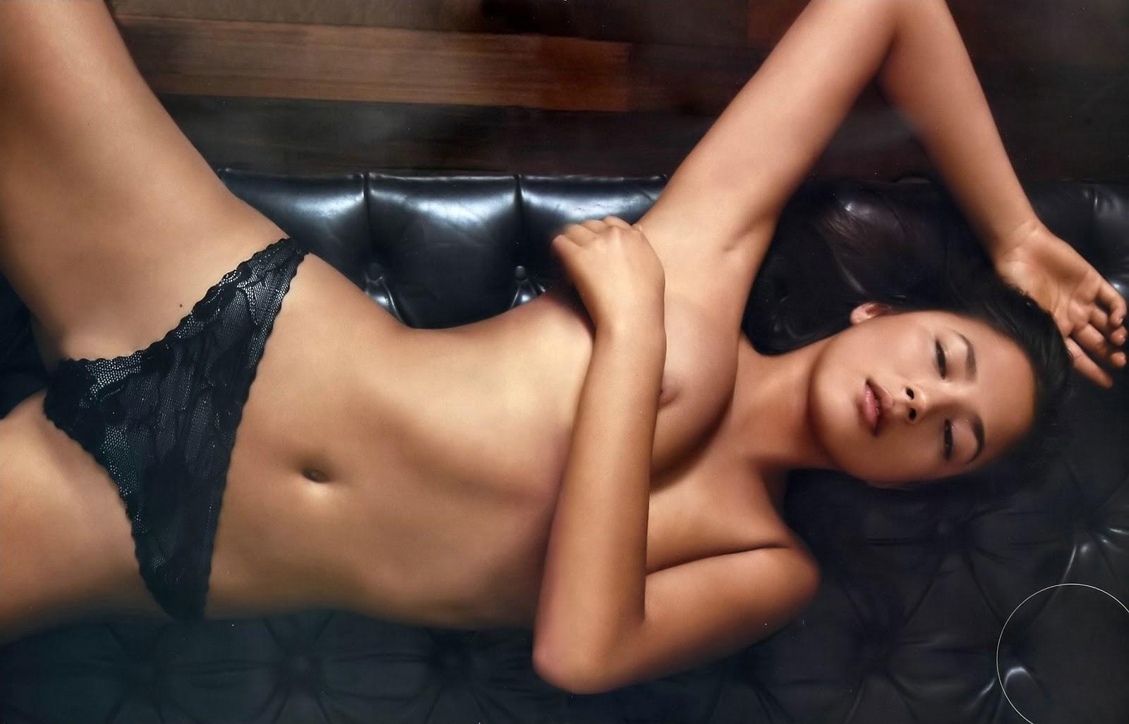 Jessica gomes naked shows boobs ass vagina