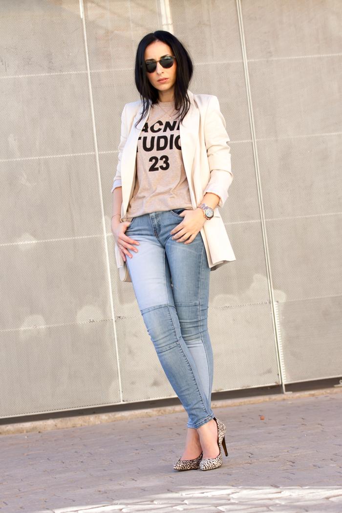 Blogger moda española estilo urbano casual chic femenino para ir a la oficina  withorwithoutshoes