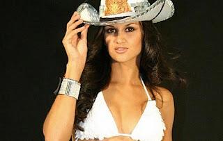 Leryn Franco Hot