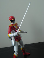 SH Figuarts Red Hawk 05