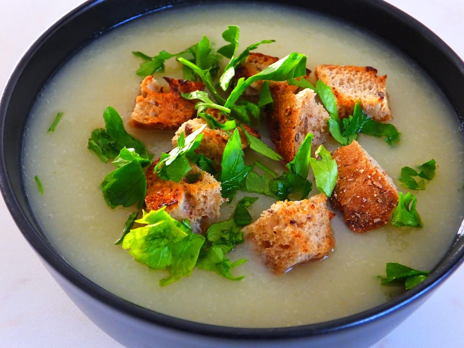 Zupa krem z pietruszki