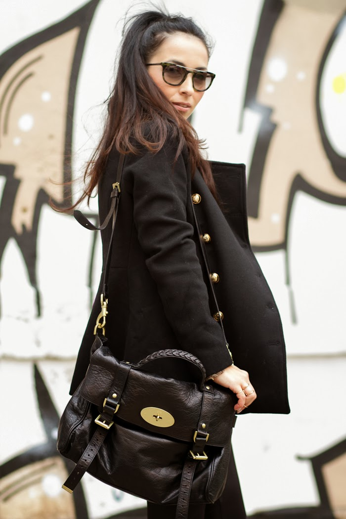 Streetstyle Mulberry Alexa Bag in black color