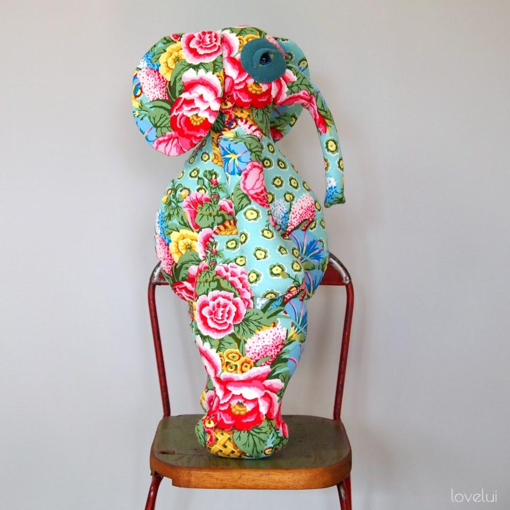 handmade elephant lovelui