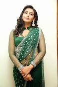 Ragini Dwivedi Glamorous photos in Green Saree-thumbnail-18