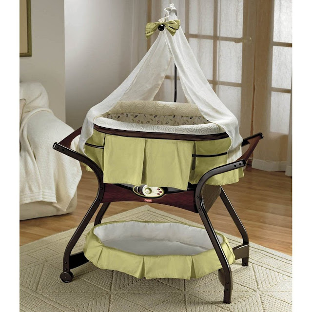 Bassinet And Rocker3