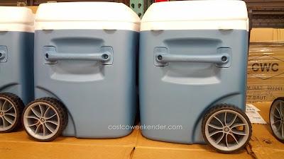 Igloo Maxcold Rolling Cooler – 62 qt capacity