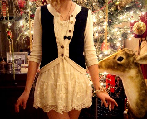 6th Day of Blogmas Vol 2: Best Celebrity Christmas Outfits - Teenage Fanatic: 6th Day Of Blogmas Vol 2: Best Celebrity Christmas