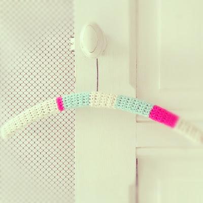 ByHaafner, crochet,cloth hangers, granny chic, pastel, neon pink