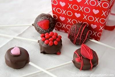 Valentine (No Bake) Cookie Pops