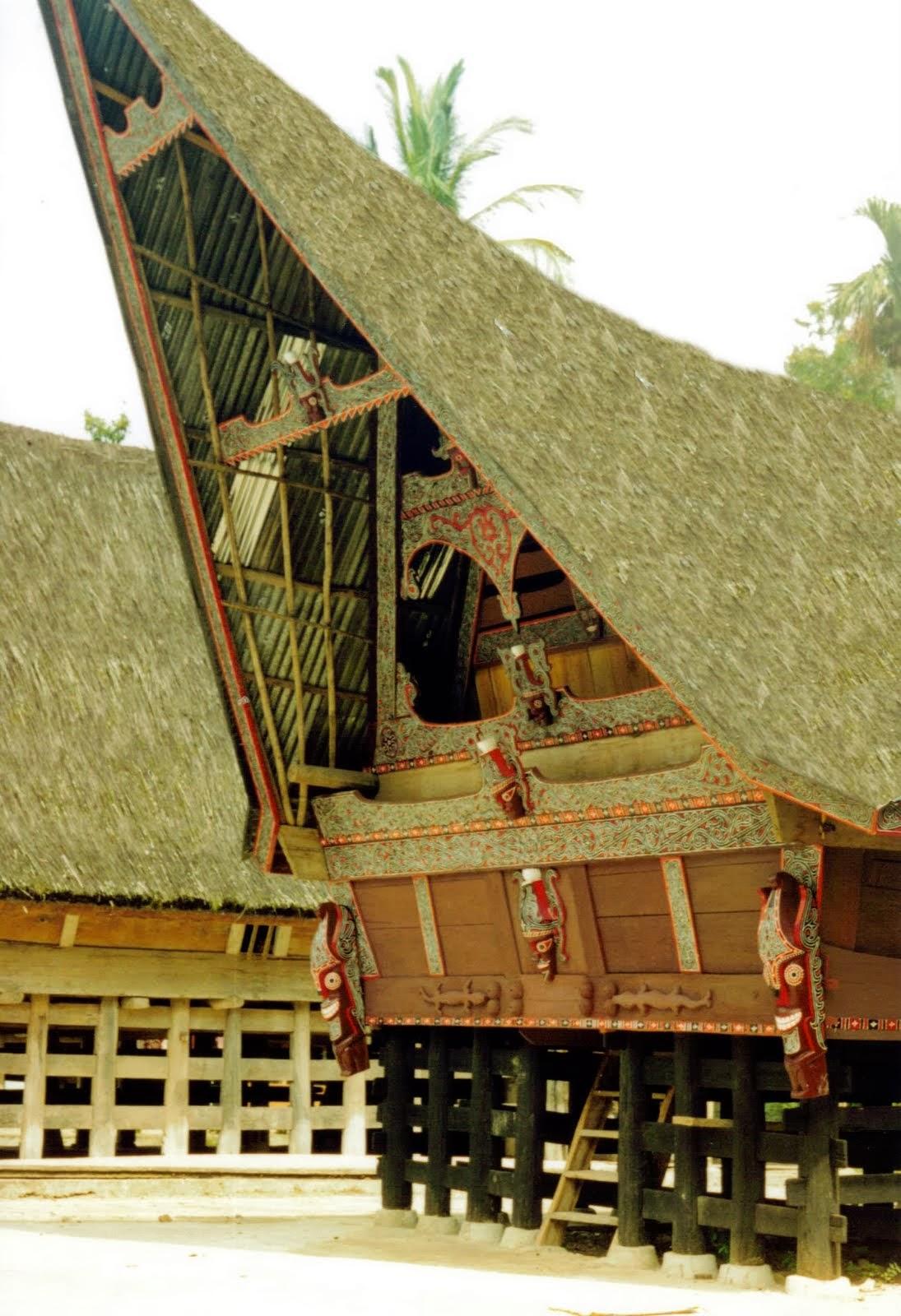 Gambar Rumah Bolon