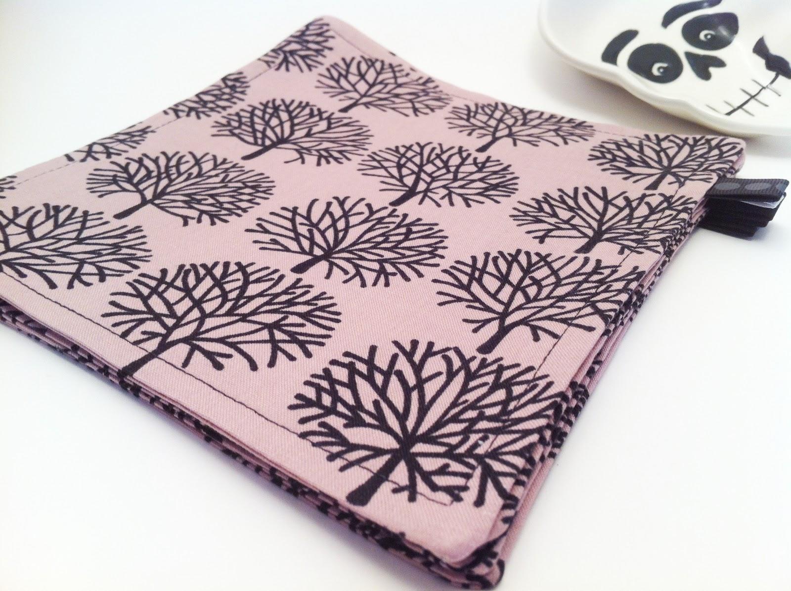Stackd everyday napkins com halloween cloth napkins for Halloween cloth napkins