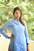 Lakshmi manchu new photo shoot-thumbnail-6