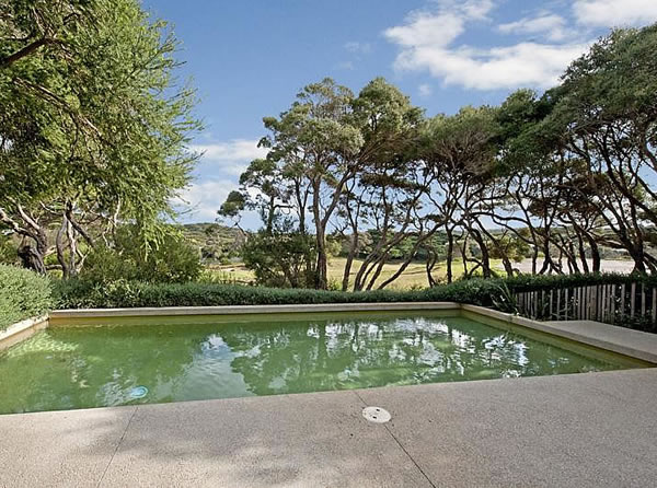 Glamour drops a quest for the glamorous details in life for Landscape design courses adelaide