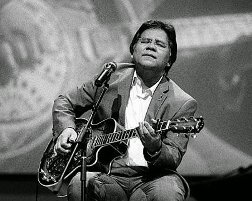 idris-jala-gitar