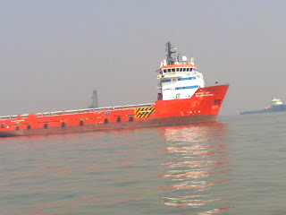 Ship Gatway Of India