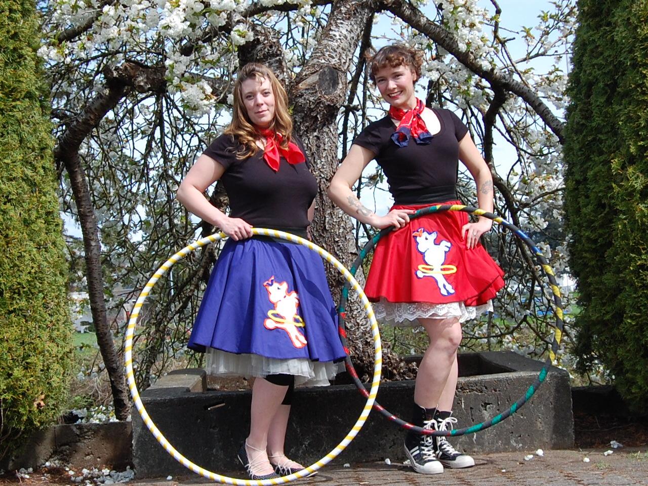 Island hula hoopla performance