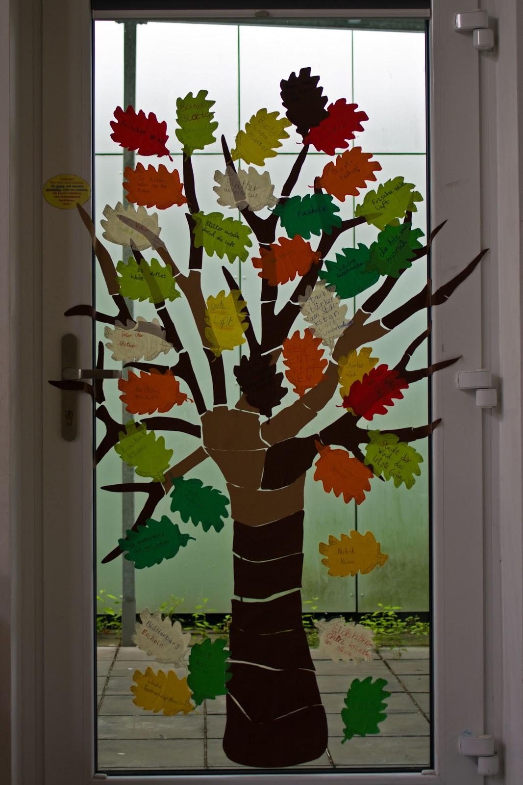 Fensterdeko grundschule herbst for Fensterdeko herbst