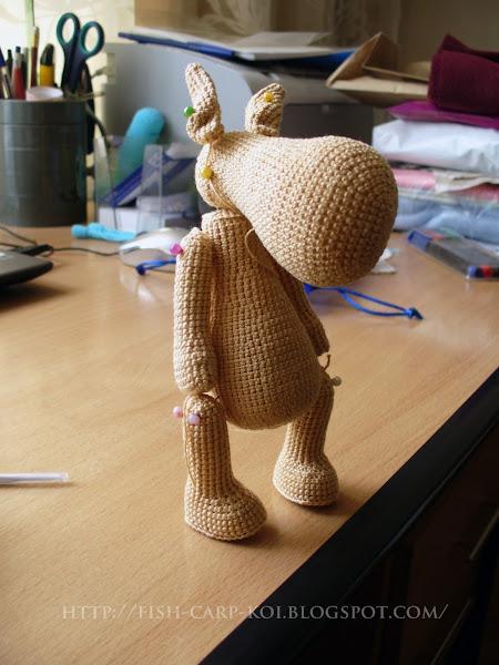 Вязанная игрушка - лошадка в стиле Тильда - процесс