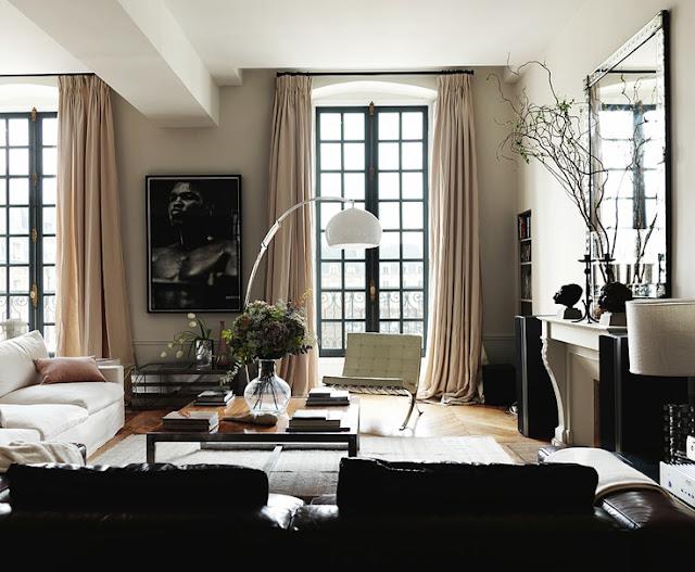 Einfach elegant einrichten – Wohnung im Pariser Flair mit modernem Design, verspieltem Stuck und hochwertigem Parkett