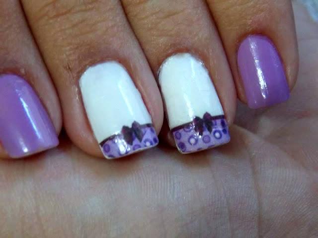 unhas delicadas lilas