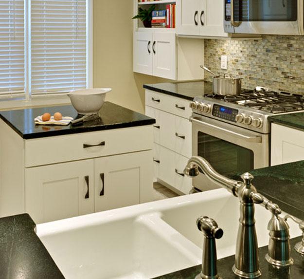 Small Kitchen Designs Photo Gallery: Small Kitchen Design Photos Gallery
