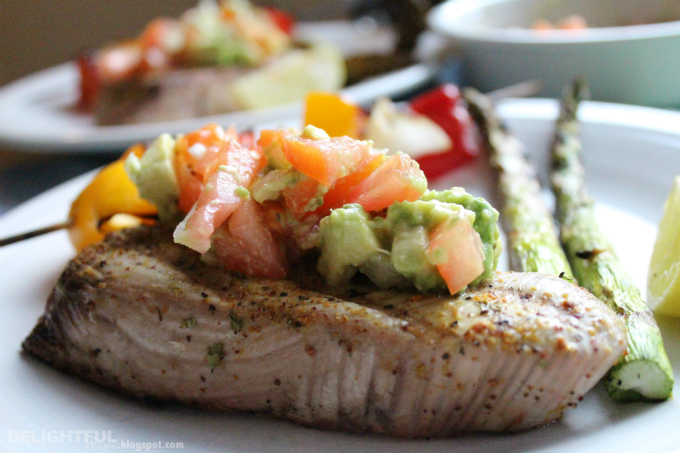 Delightful Mom: Grilled Ahi Tuna and Vegetables with Avocado Salsa