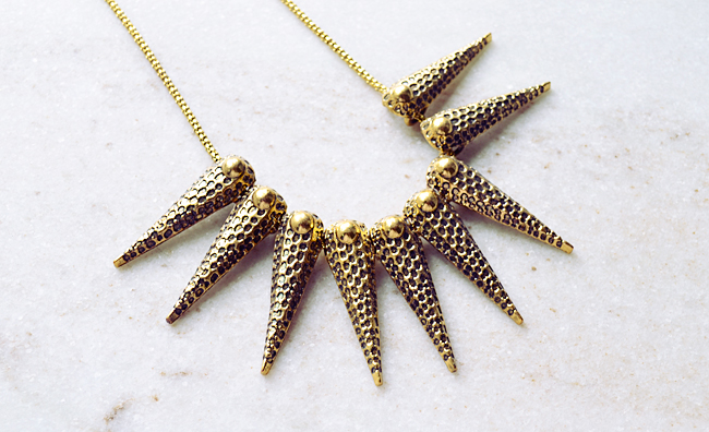 efoxcity spiked gold necklace