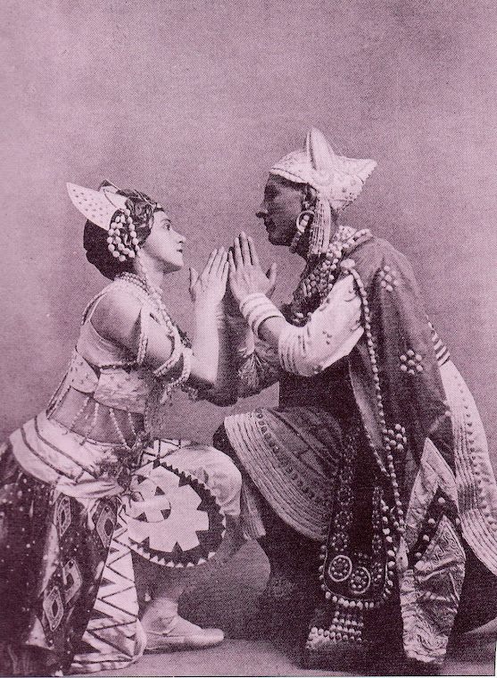 Balé: O Deus Azul (1912).