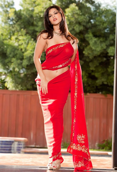 sunny leone | in red saree ss unseen pics
