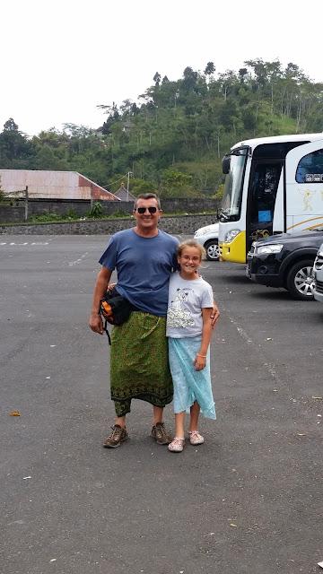 Aparcamiento de Pura Besakih (Bali)