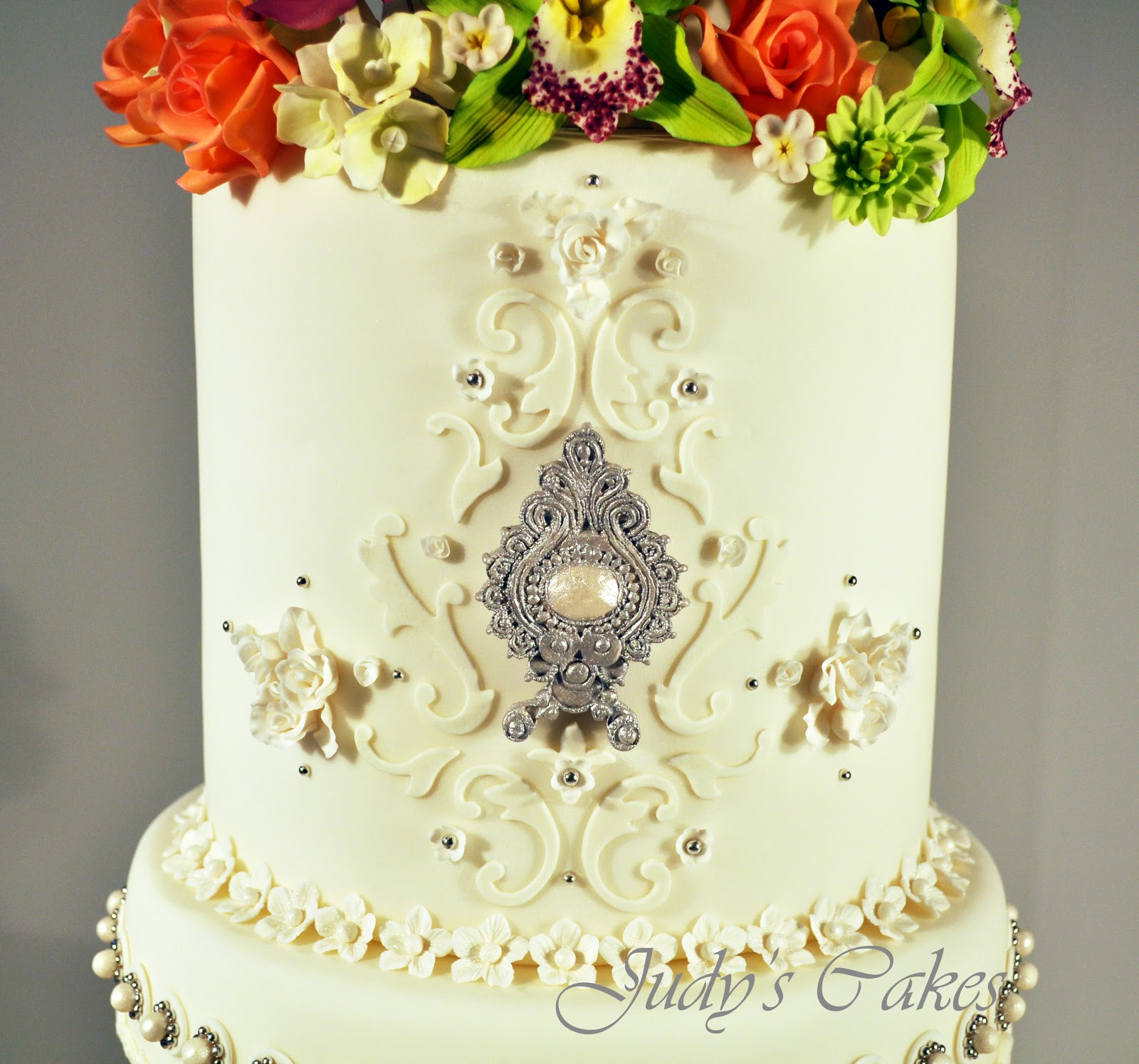 Judy\'s Cakes: The Cake That Would Not Quit!