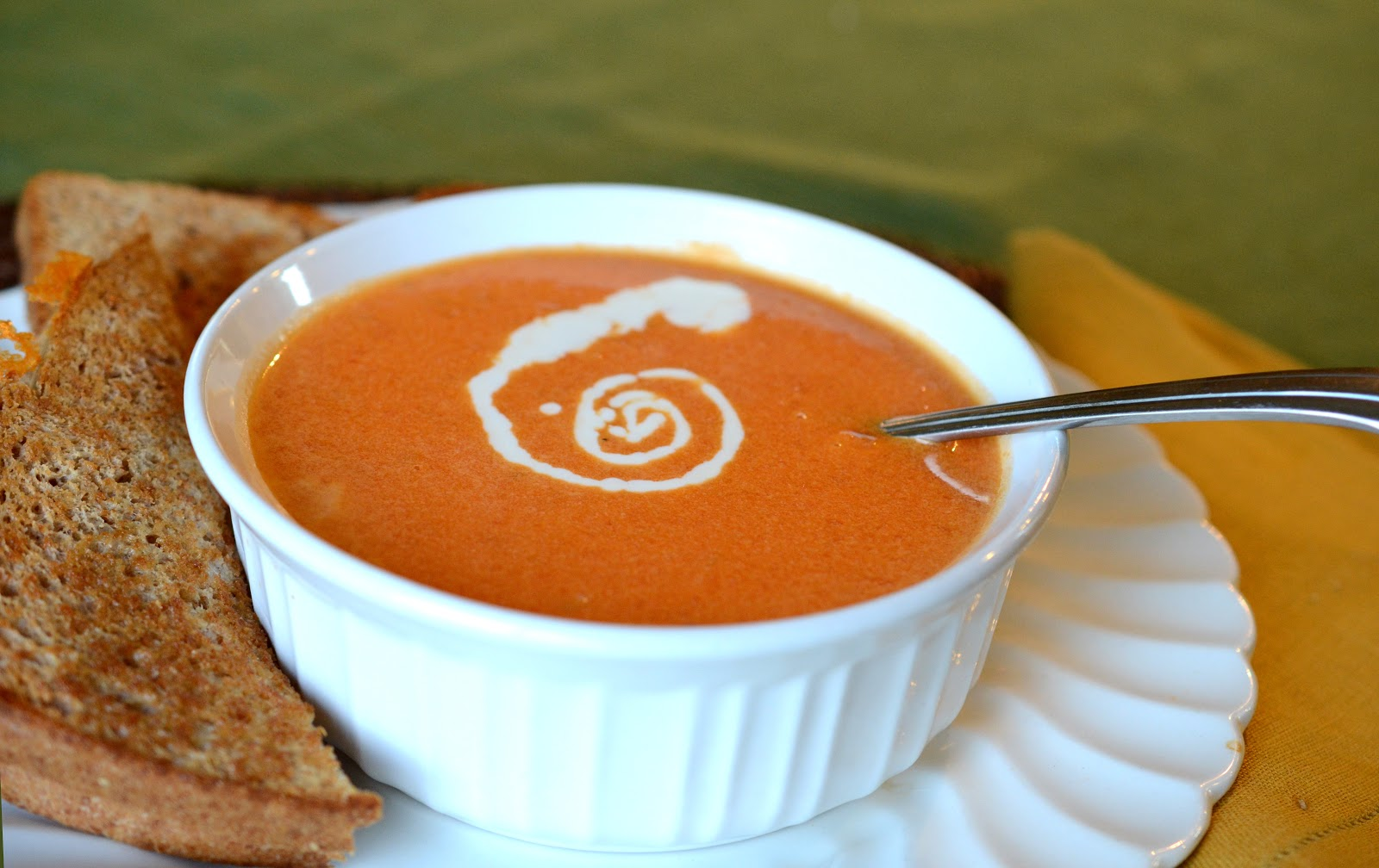 tomato soup cre a m of tomato soup easy tomato and basil soup healthy ...