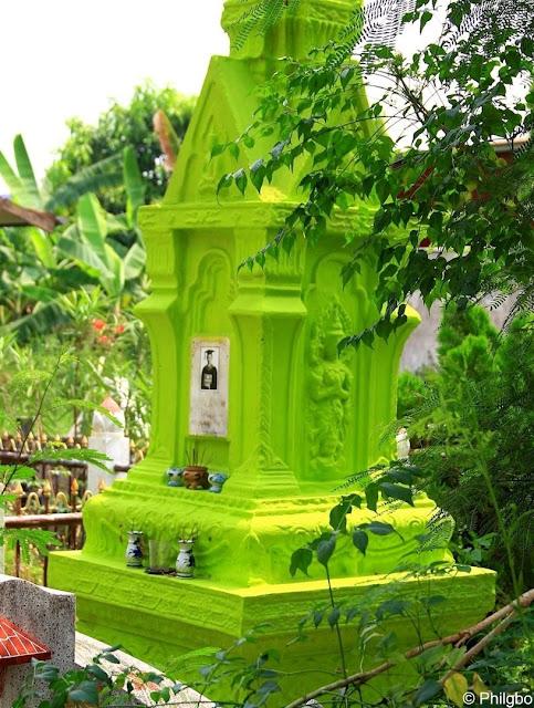 Wat Noen Phra Nao in Nong Khai