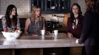 Pretty Little Liars S04E08. The Guilty Girl's Handbook