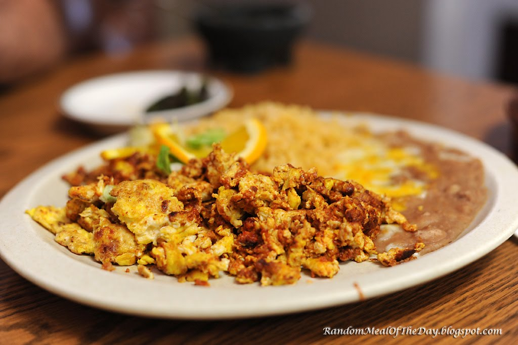 Huevos Rancheros Con Chorizo Random Meal Of ...