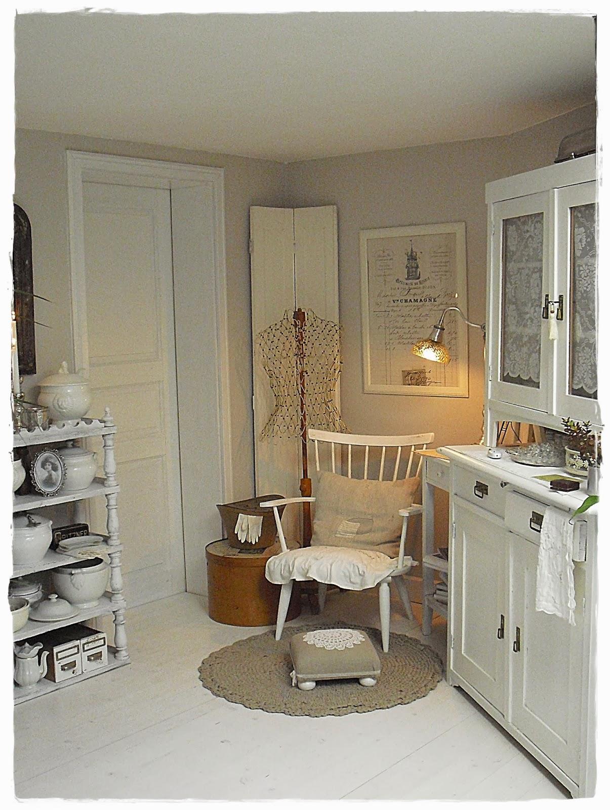 Shabby landhaus: vorher nachher....wohnzimmer.....