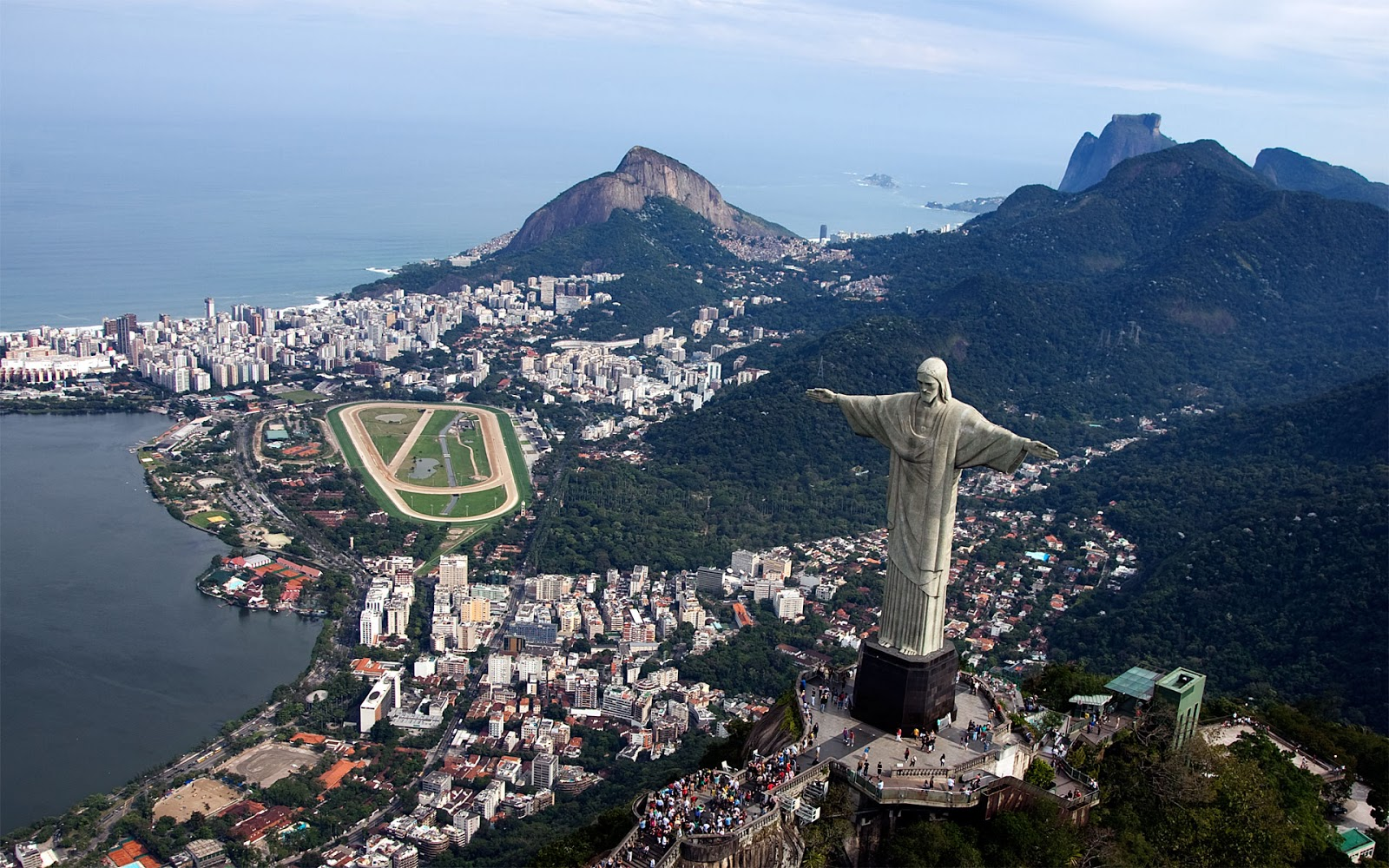 Alegria em Tudo: 12 Best Places to Visit in Rio de Janeiro