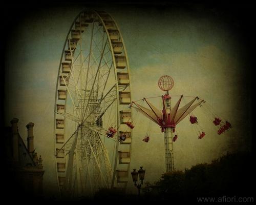 amusement park Paris art photograph konstfoto Maria-Thérèse Andersson Afiori