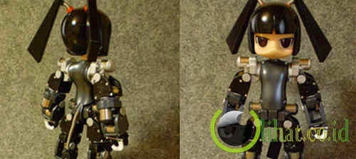 Robot Hina (Pembuat Kopi)