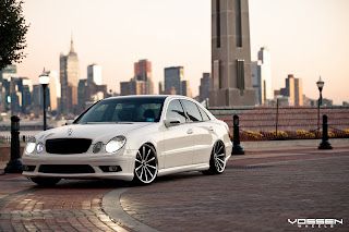 Mercedes Benz E Class HD Wallpaper