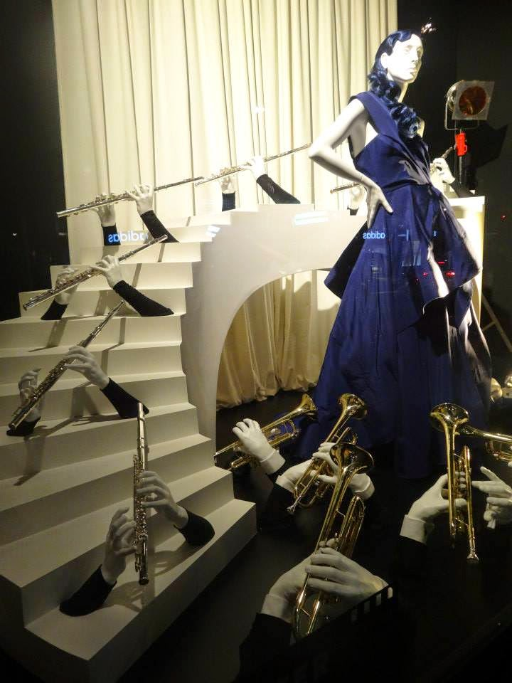 Selfridges Shop Window 2014 jul-aug Oscar de la Renta - Master of Elegance