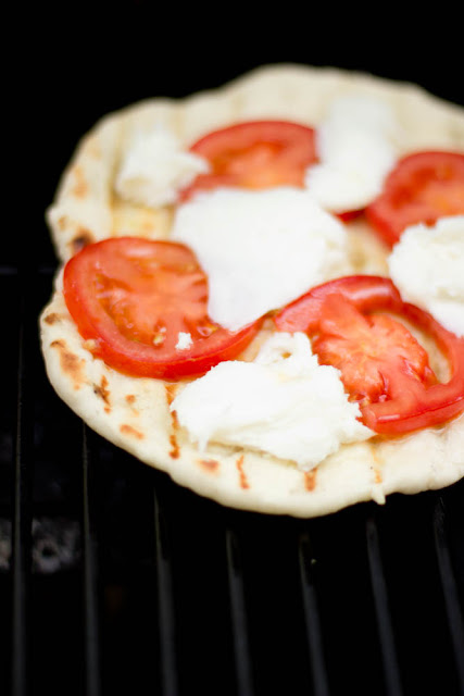 Grilled Garlic Naan Pizzas
