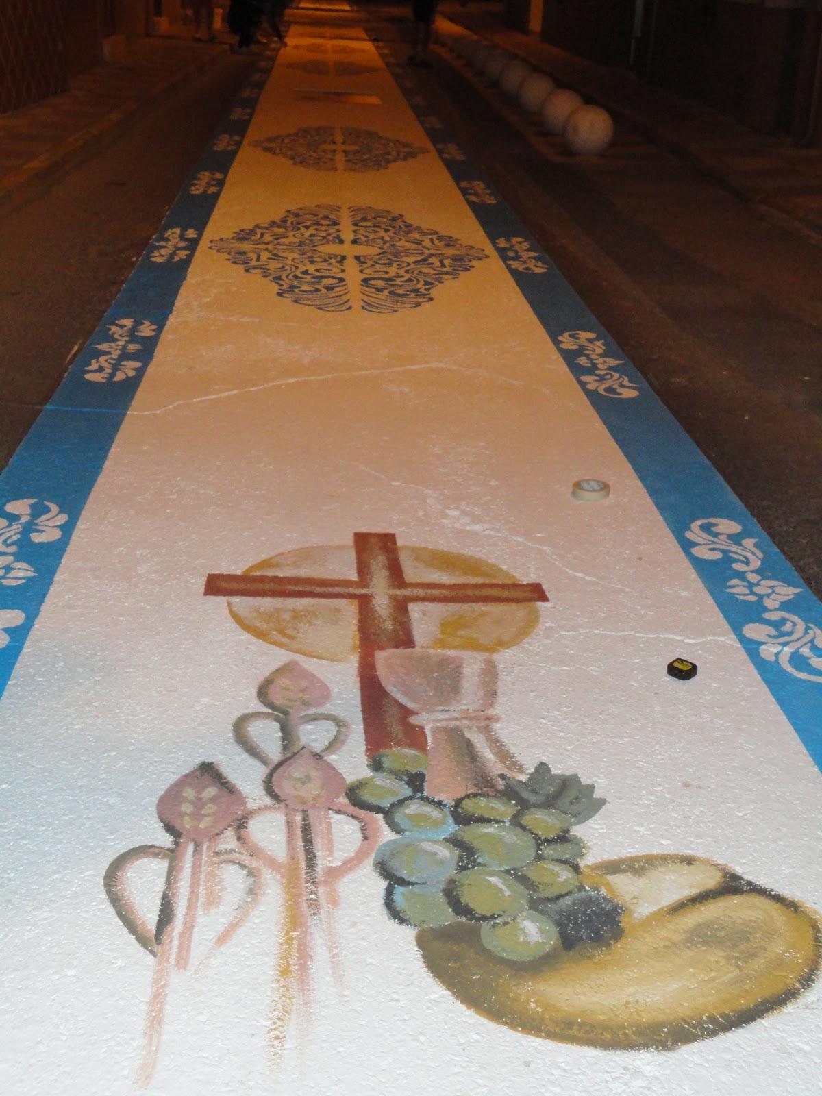 Grupo joven real hermandad soledad y vera cruz junio 2012 - Dibujos para alfombras ...