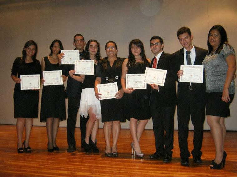 Entrega de diplomas de certificación a intérpretes 2011